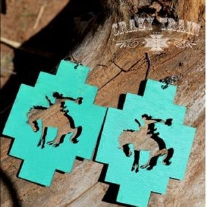 Simple Turquoise Buck Bronc Earrings